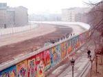 Aufräumen an der Berliner Mauer