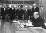 Walter Ulbricht unterzeichnete Ratifizierungsurkunde