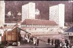Rummel vor dem Waffenmuseum in Suhl